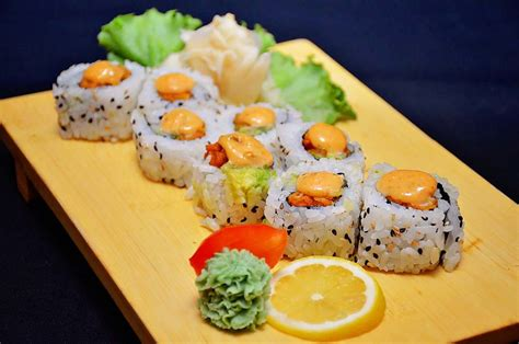 Fried Chicken Sushi Roll   Mr Fish   Seafood Restaurant