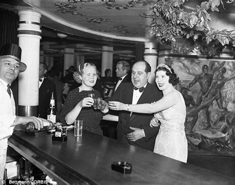Inside the speakeasies of the 1920s: The hidden drinking