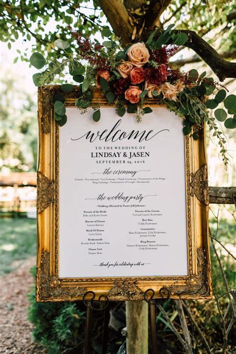 What signs do I need for my wedding?