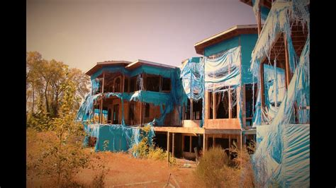 CEO of HOLLYWOOD VIDEO's ABANDONED MANSION (50,000 Sq
