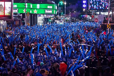 Times Square New Year's Eve 2020-2021 in New York - Dates
