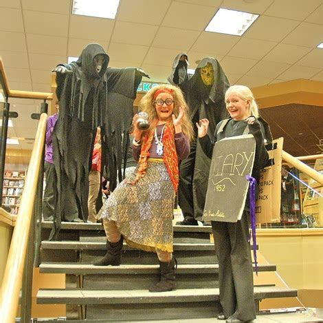 Granny Buttons: Harry Potter night at Borders in Leicester