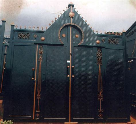 High Quality Gates And Other Steel Works - Pictures