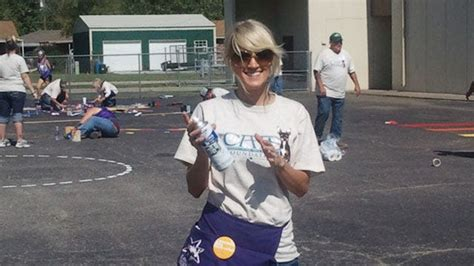 Carrie Underwood Helps Build New Playground For Checotah